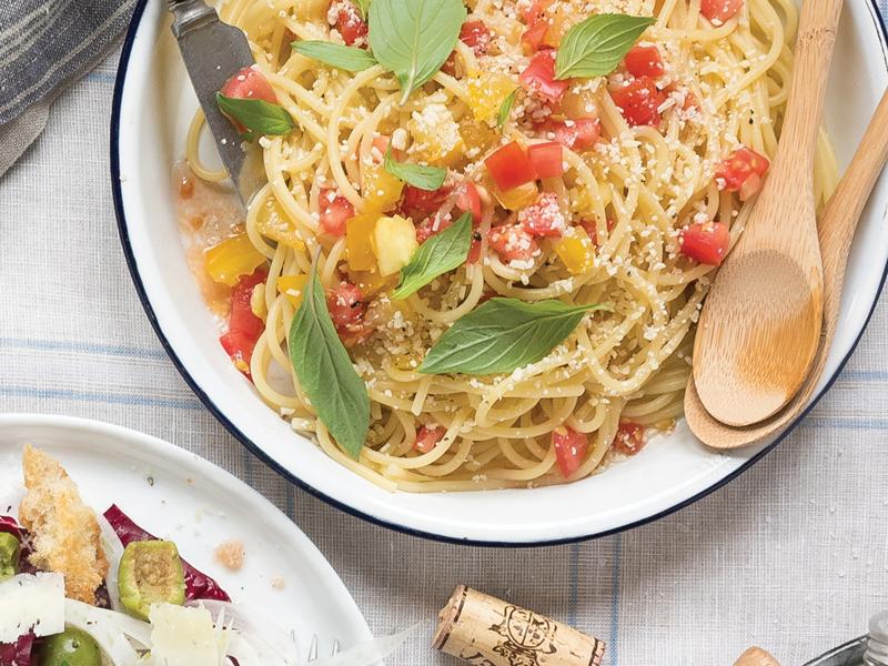Spaghetti with No-Cook Tomato Sauce