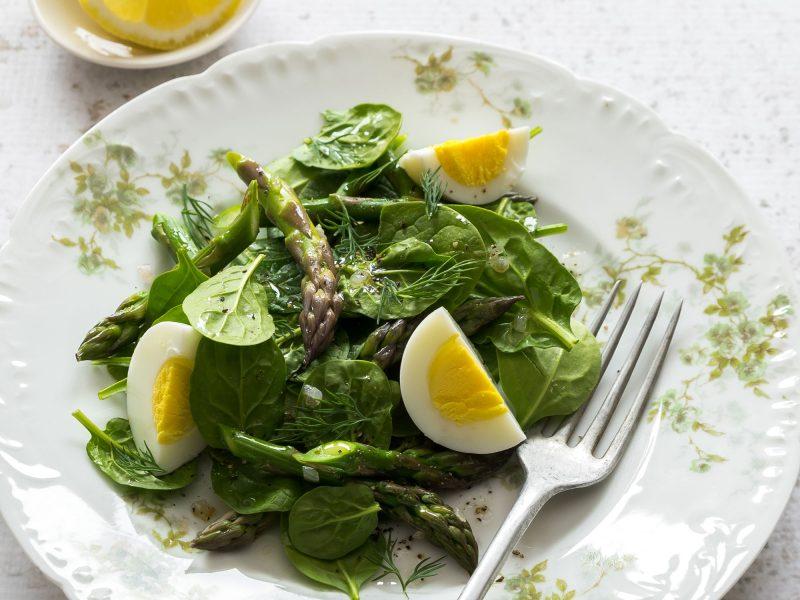 Asparagus & Spinach Salad with Lemon-Dill Dressing